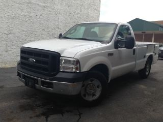 2006 Ford F - 250 Duty Xl Standard Cab Service Body Pickup 2 - Door 5.  4l photo