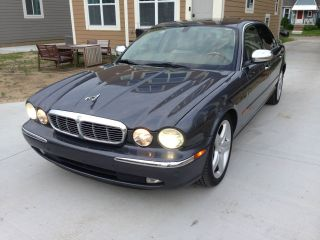 2005 Jaguar Vanden Plas Base Sedan 4 - Door 4.  2l photo