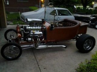 1923 Ford T Bucket.  265 V 8 With 671 Blower photo