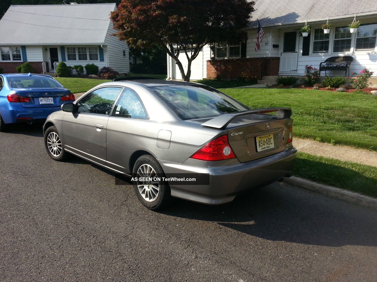 2005 honda civic ex coupe 2 door fully maintained adult owned. Black Bedroom Furniture Sets. Home Design Ideas