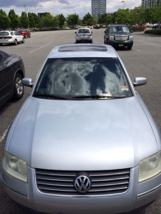2001 Volkswagon Passat Silver photo