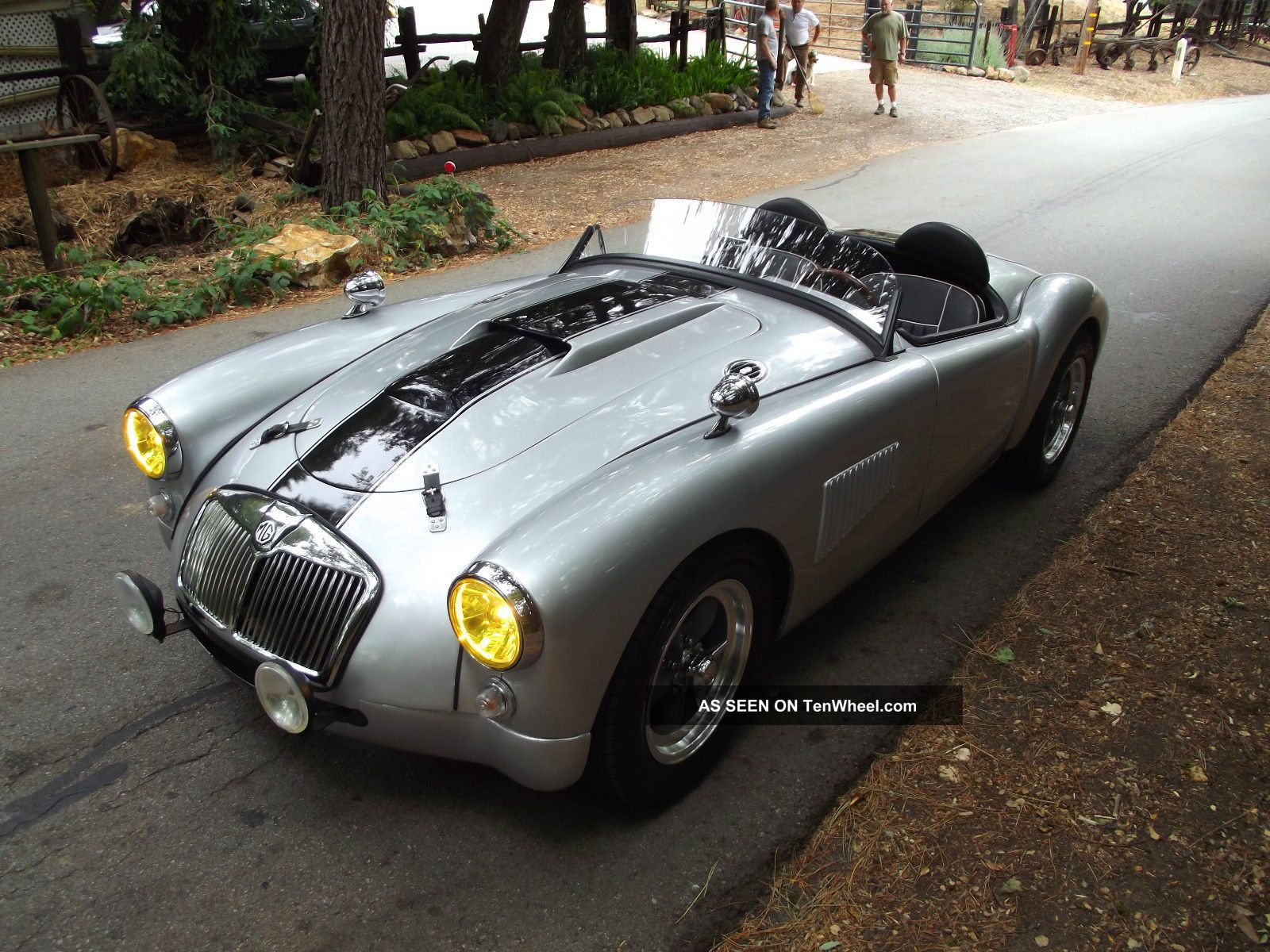 mga custom roadster lemans style