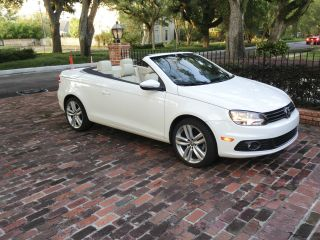 2012 Volkswagen Eos Executive Convertible 2 - Door 2.  0l photo