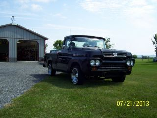 1960 Ford F100 Short Box - V8 - 3 Speed Stick photo
