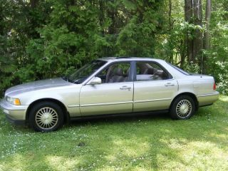 1992 Acura Legend Ls Sedan photo