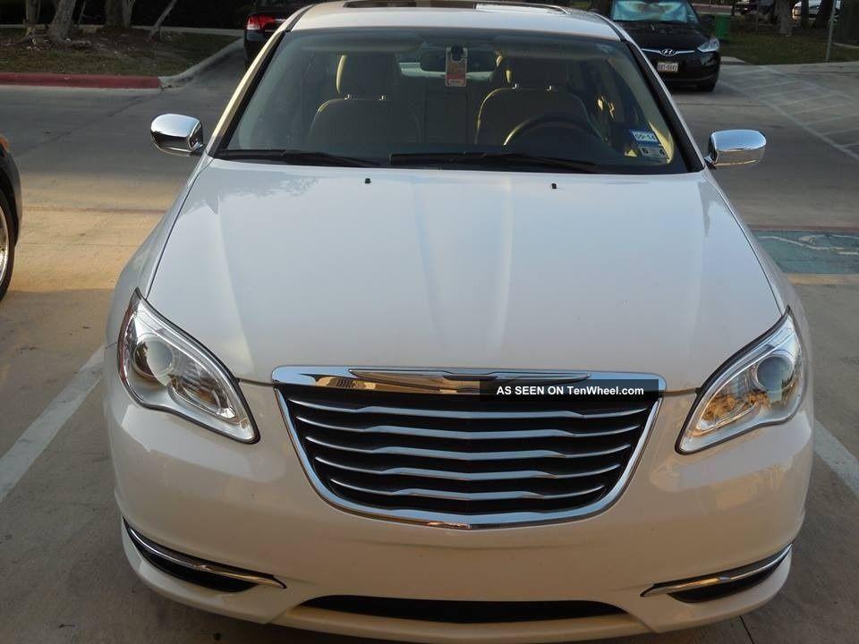 2011 Chrysler 200 Limited Sedan 4 Door 3 6l