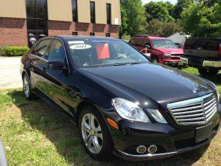 2011 Mercedes E350 photo