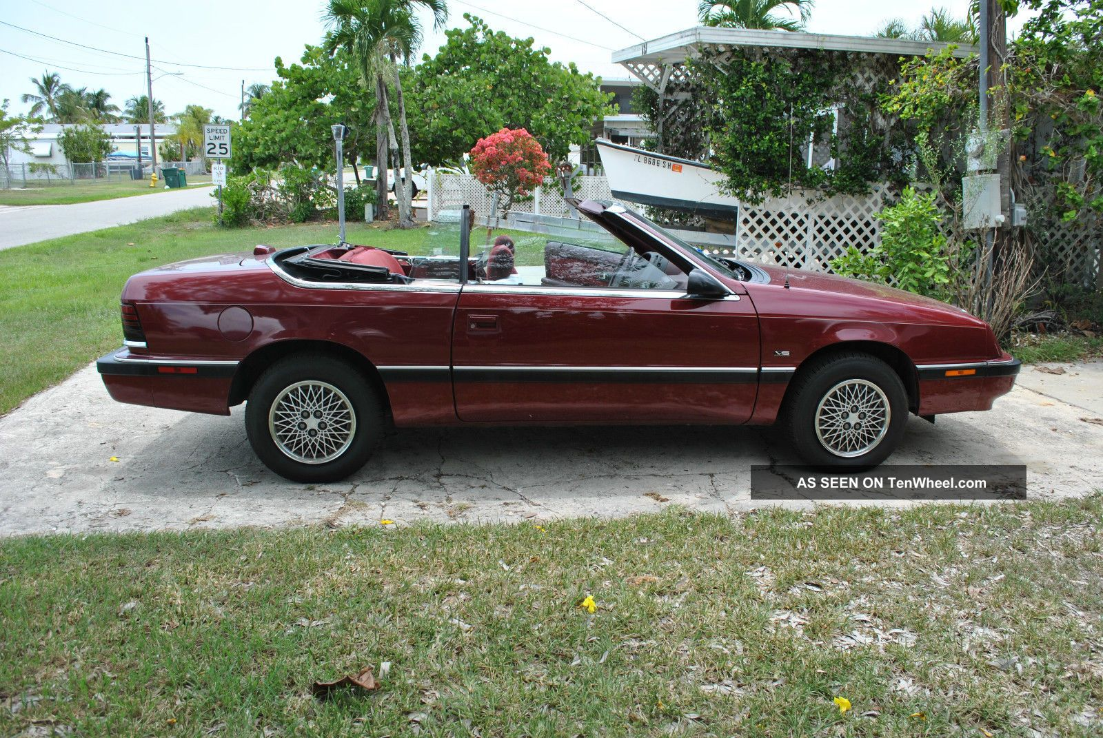 1990 Chrysler Lebaron LeBaron photo