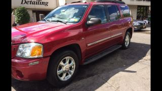 2005 Gmc Envoy Xl Slt Sport Utility 4 - Door 5.  3l photo