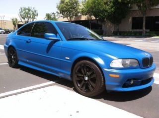 2000 Bmw 328ci Base Coupe 2 - Door 2.  8l 5speed.  Matte Laguna Seca Paint. photo