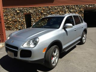 2005 Porsche Cayenne Turbo Immaculate Inside And Out photo