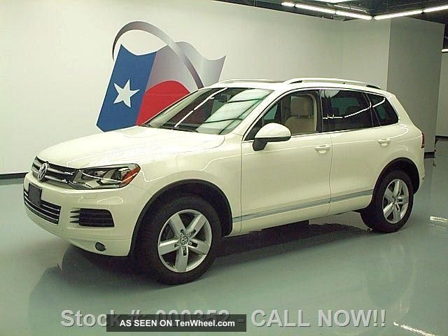 2011 Volkswagen Touareg Vr6 Lux Awd Pano Roof 45k Texas Direct Auto Touareg photo