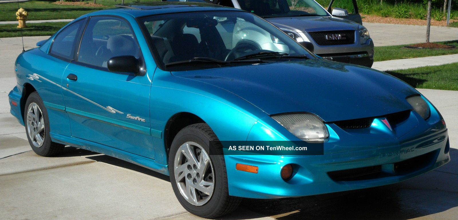 2000 pontiac sunfire se coupe 2 door 2 2l. Black Bedroom Furniture Sets. Home Design Ideas