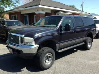 2001 Ford Excursion Xlt Sport Utility 4 - Door 7.  3l photo