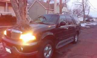 1999 Lincoln Navigator Base Sport Utility 4 - Door 5.  4l photo