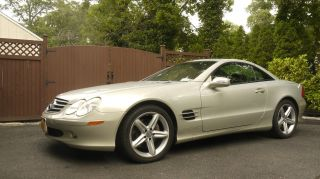 2003 Mercedes - Benz Sl500 Base Convertible 2 - Door 5.  0l photo