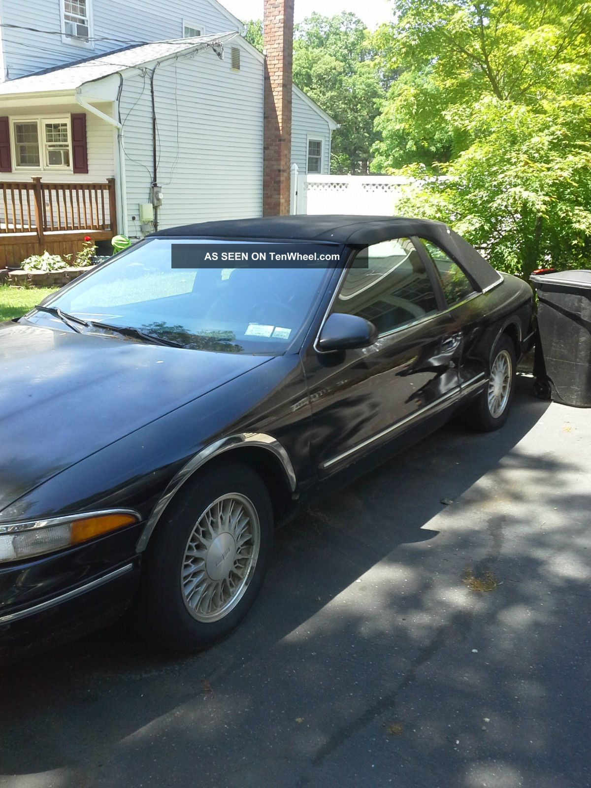 1995 Lincoln Mark Viii Base Sedan 2 - Door 4.  6l Mark Series photo