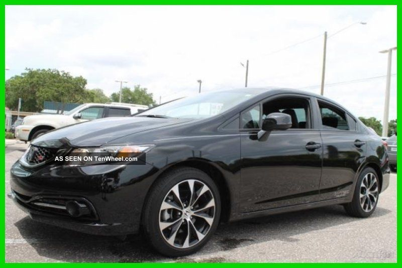 2013 Si Sedan 2.  4l 16v 6 Speed Manual Fwd Sedan Moon Roof Back Up Camera Spoiler Civic photo