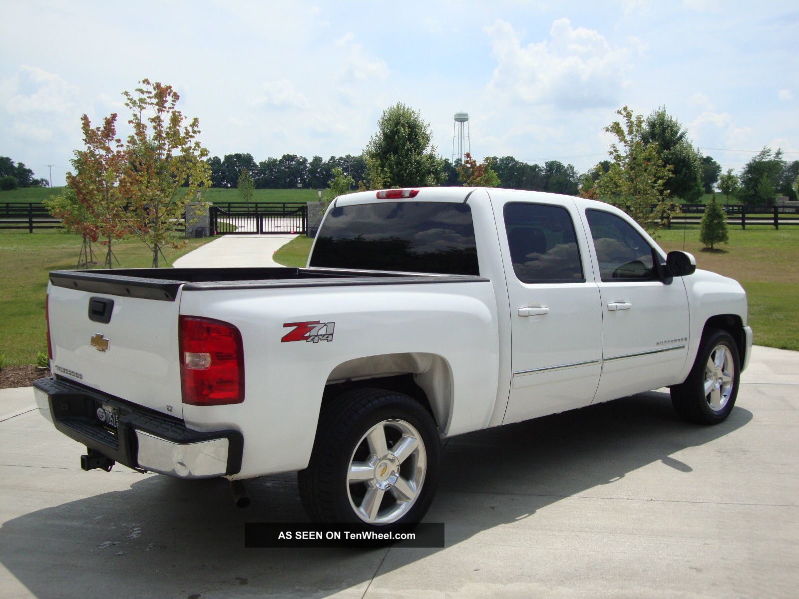 2007 chevrolet silverado 1500 lt crew cab pickup 4 door 5 3l 4x4 loaded. Black Bedroom Furniture Sets. Home Design Ideas