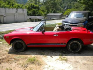 1979 Fiat 124 Spider Convertible 2 - Door 2.  0l photo