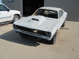 1972 Plymouth Duster Drag Car Roller photo