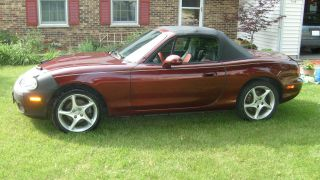 2003 Mazda Miata Base Convertible 2 - Door 1.  8l photo