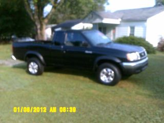 1998 Nissan Frontier Xe Extended Cab Pickup 2 - Door 2.  4l photo