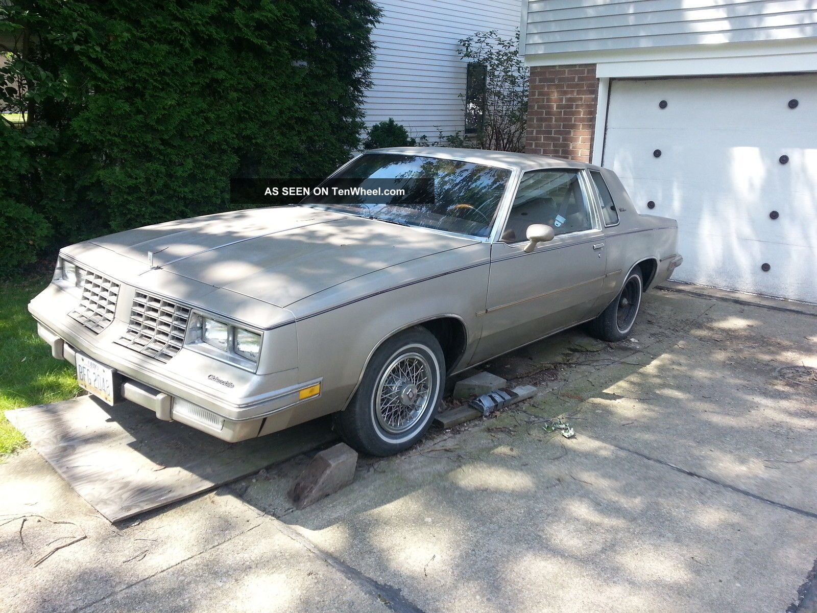1981 oldsmobile cutlass supreme base coupe 2 door 3 8l tenwheel