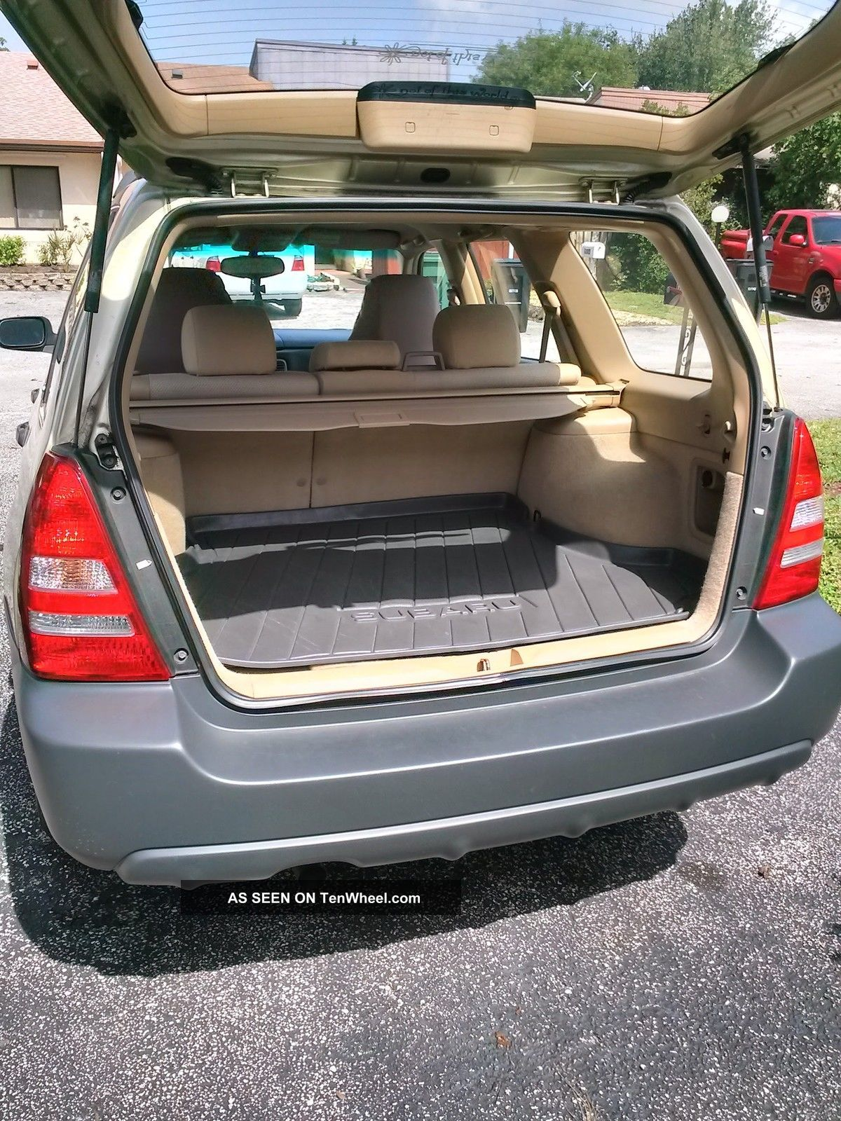 2004 subaru forester 2 5 x awd 4 speed auto overdrive very. Black Bedroom Furniture Sets. Home Design Ideas