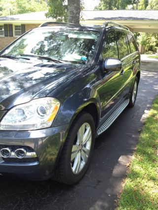 2010 Mercedes - Benz Gl450 Base Sport Utility 4 - Door 4.  6l photo