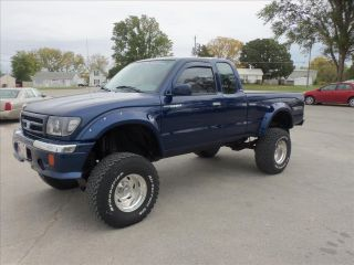 1998 Toyota Tacoma 4x4 Lifted With Extras photo
