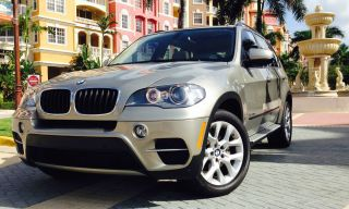 2011 Bmw X5 Xdrive35i Sport Utility 4 - Door 3.  0l Suv Awd photo