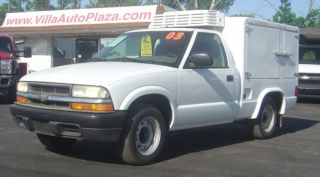 2003 Chevrolet S - 10 Refrigerated Truck Hot & Cold Side photo
