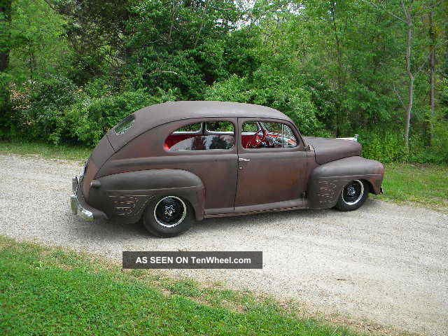 1947 ford hot rod sedan for 1947 plymouth 4 door sedan