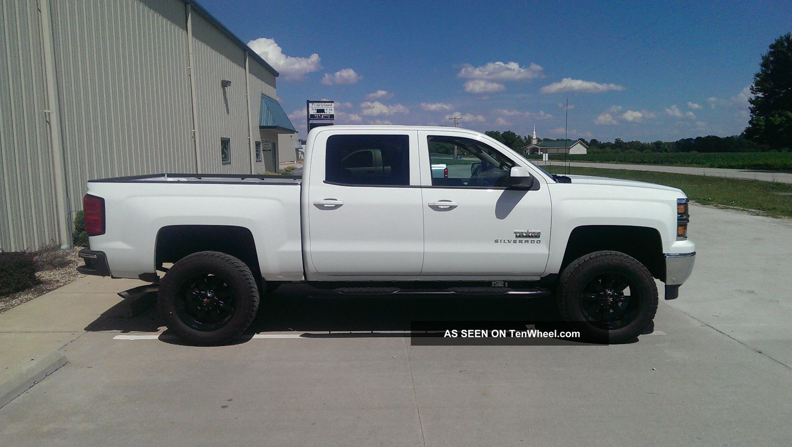 2014 silverado double cab texas edition 6 lift 20 black wheel. Black Bedroom Furniture Sets. Home Design Ideas