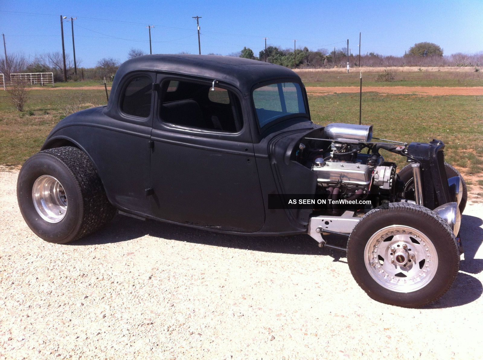 1933 Ford Coupe Other photo