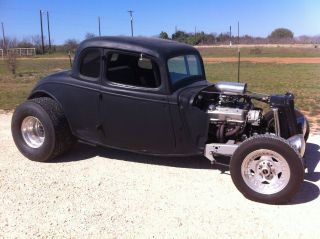 1933 Ford Coupe photo
