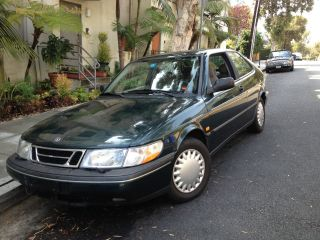1994 Saab 900 S Hatchback 2 - Door 2.  1l photo