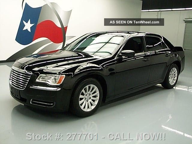 2012 Chrysler 300 V6 Cruise Control Alloy Wheels 35k Mi Texas Direct Auto 300 Series photo