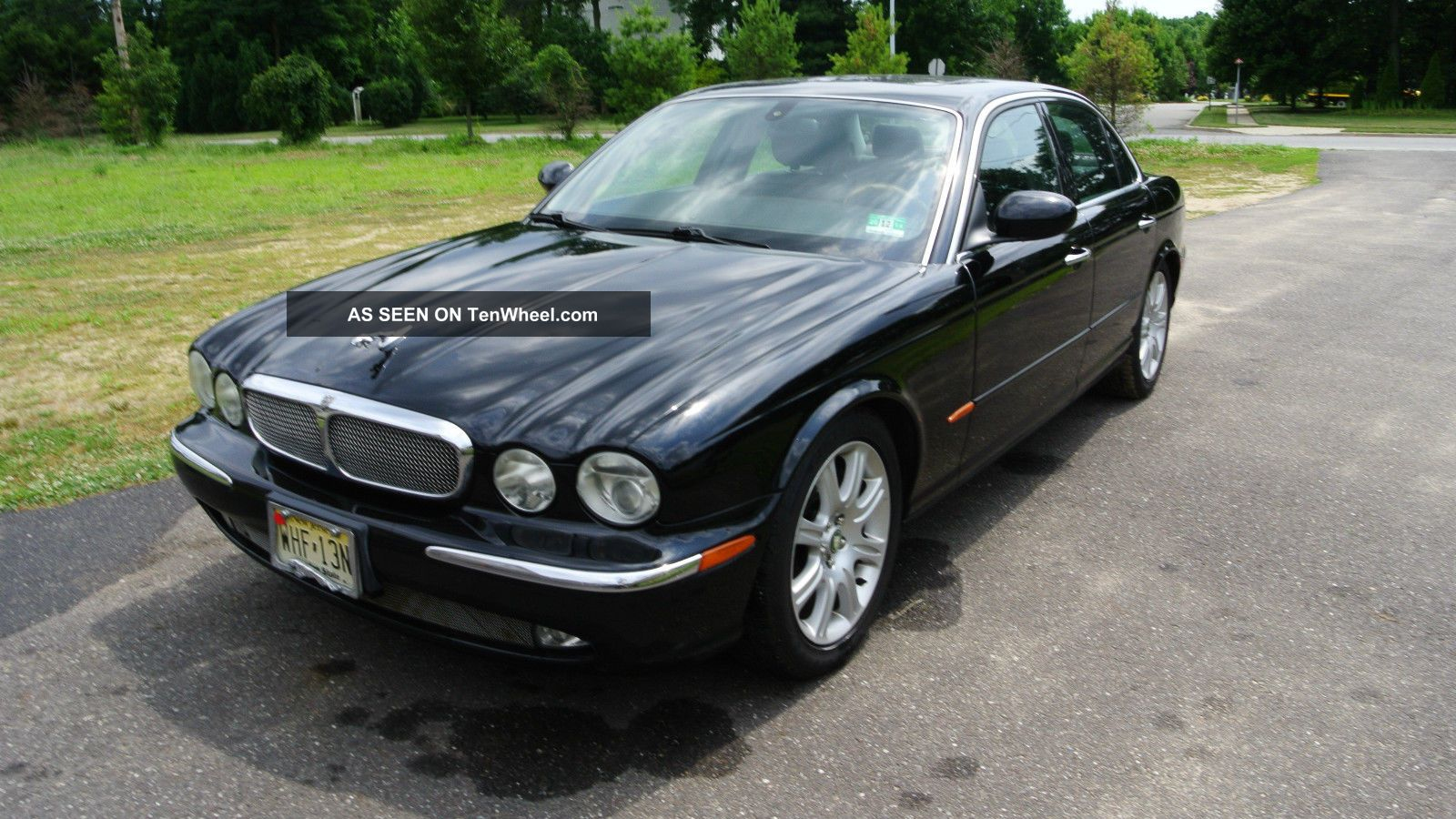 2004 jaguar xj8 base sedan 4 door 4 2l. Black Bedroom Furniture Sets. Home Design Ideas