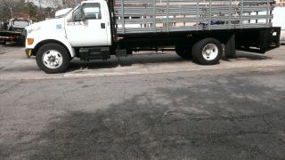 2000 Ford F650 Base 6 Cyl Diesel photo