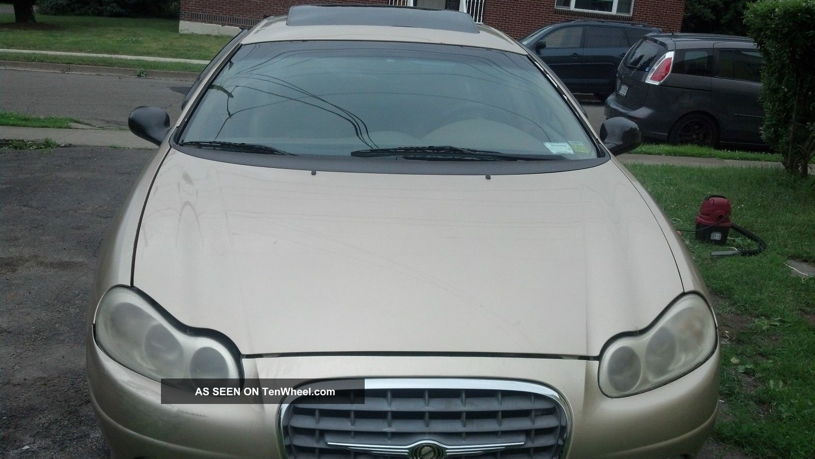 2000 Chrysler Lhs Base Sedan 4 - Door 3.  5l LHS photo