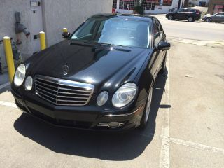 2007 Mercedes - Benz E350 Base Sedan 4 - Door 3.  5l photo