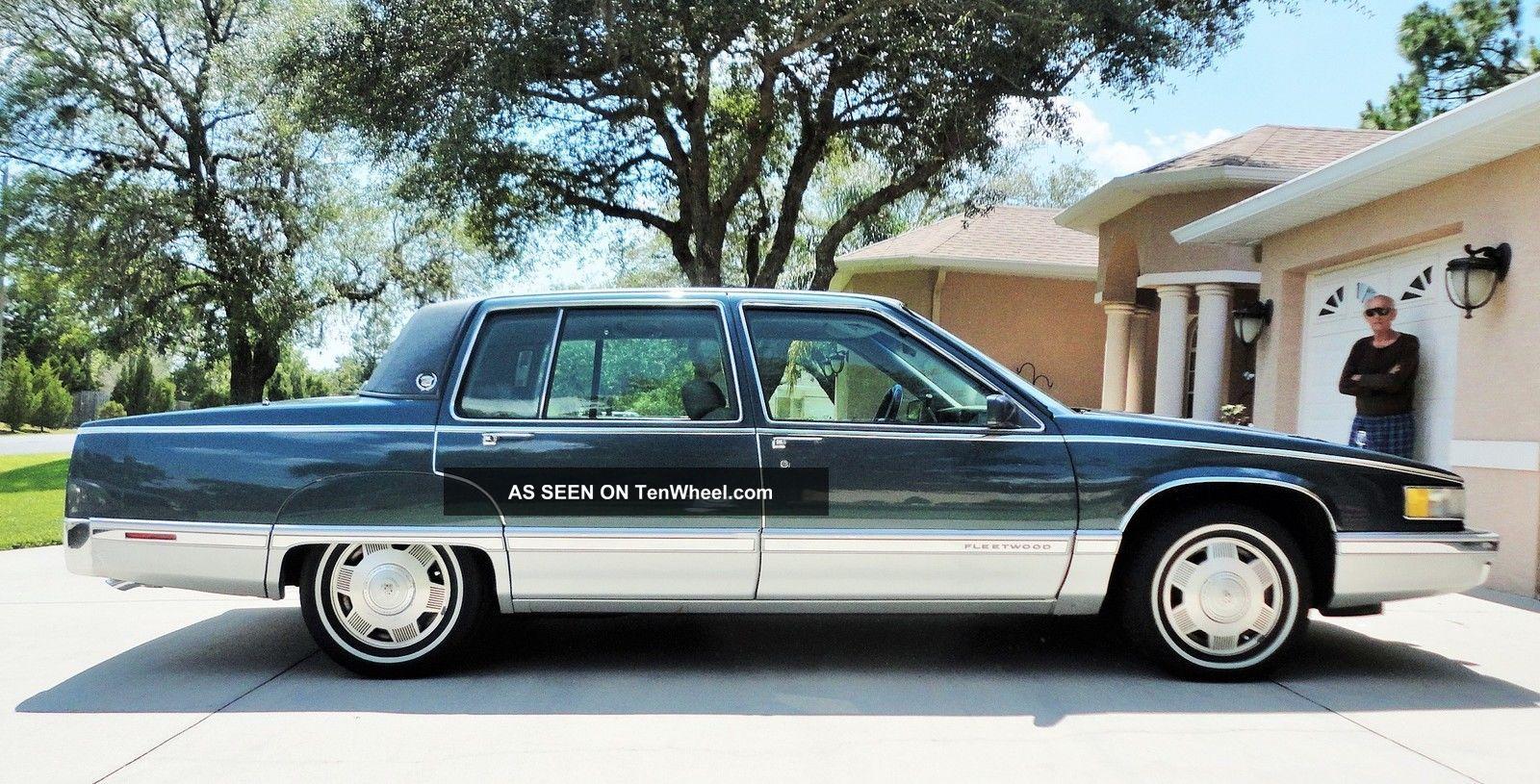 1992 Cadillac Fleetwood Base Sedan 4 - Door 4.  9l Fleetwood photo