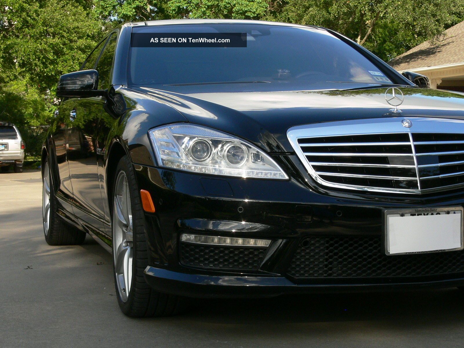 2010 mercedes benz s63 amg serviced car fax garage kept for Garage amg auto