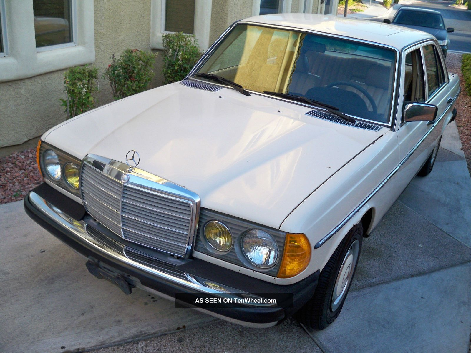 1981 Mercedes 300d Diesel / Biodiesel Svo Conversion Drive For Vegge Oil 300-Series photo