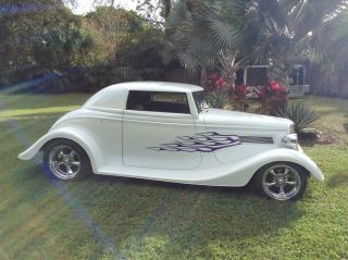 1934 Ford Coupe photo