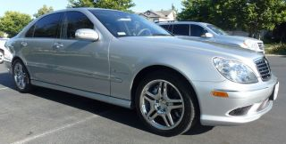 2004 Mercedes - Benz S55 Amg Base Sedan 4 - Door 5.  5l photo