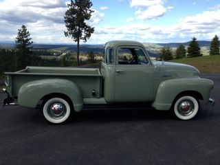 1948 Chevrolet Pickup photo