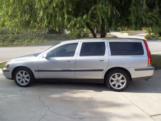 2002 Volvo V70 Wagon Automatic 5 Cylinder So.  California photo
